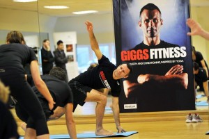 Pagina di mike pattenden - ... Giggs demonstrating for the first time Giggs Fitness, his own fitness